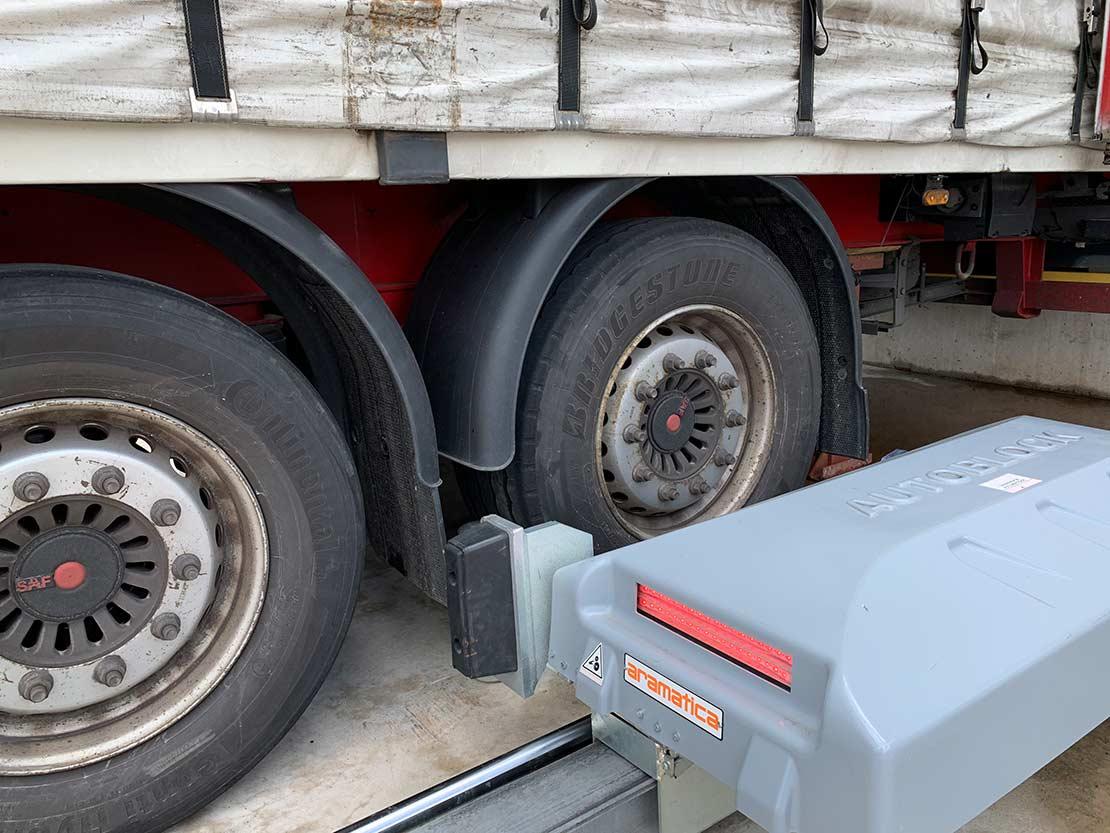 Retenedor de camión